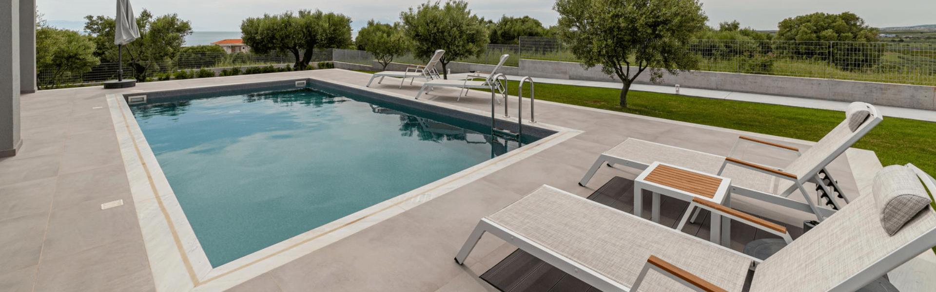merelia-villas-The pool-01