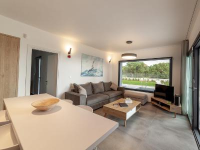 merelia-villas-Indoor-Olivia-int-1